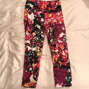 Mid Rise Adidas 3/4 leggings